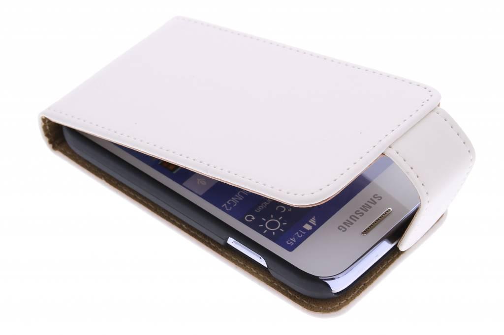 Witte classic flipcase voor de Samsung Galaxy Young 2