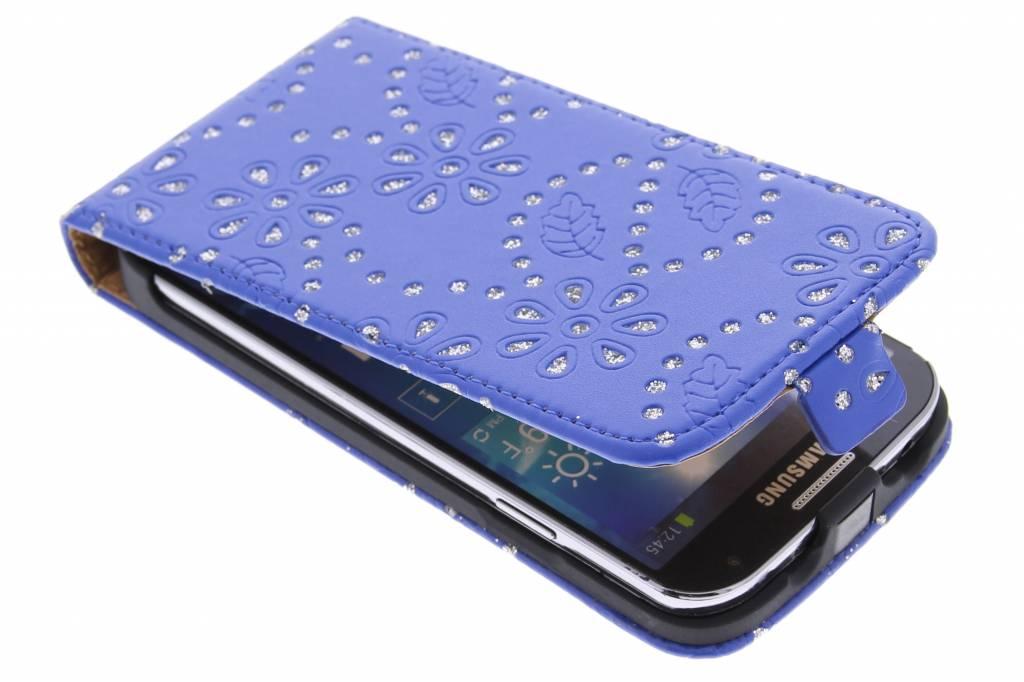 Blauwe bloemblad design flipcase voor Samsung Galaxy S4