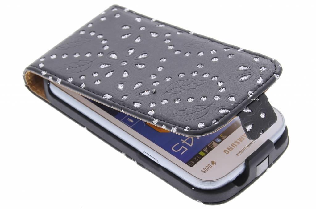 Zwarte bloemblad design flipcase voor de Samsung Galaxy Trend Lite