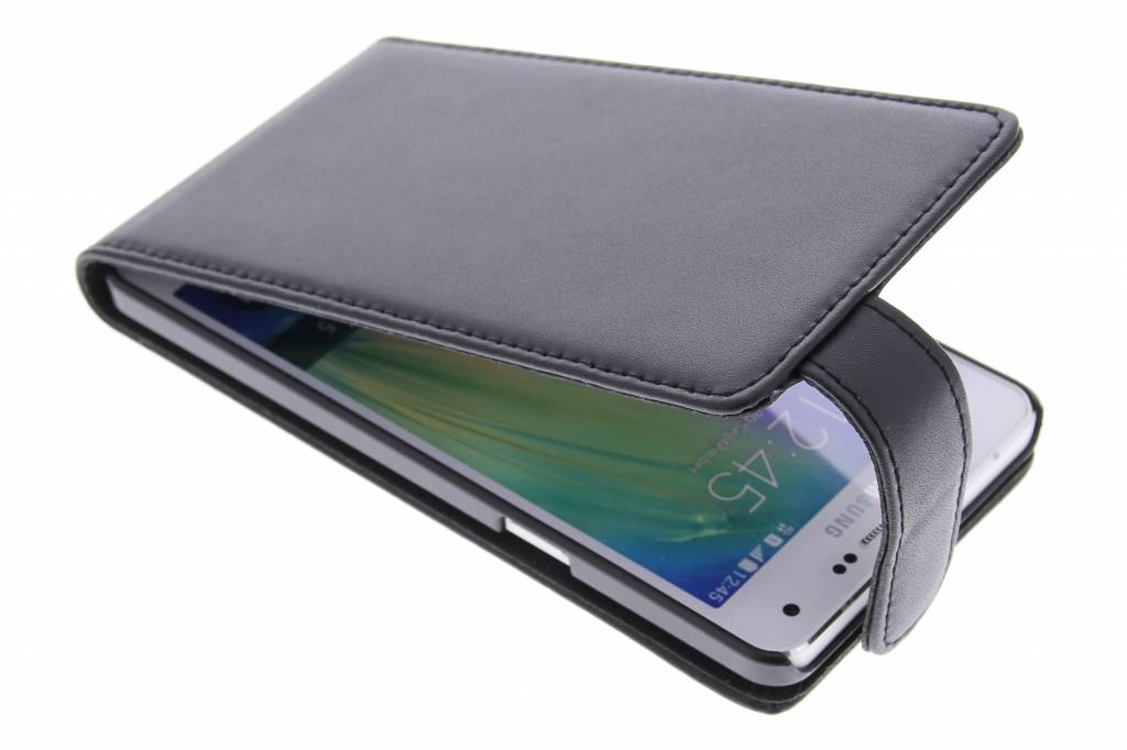 Zwarte stijlvolle flipcase voor de Samsung Galaxy Galaxy A5