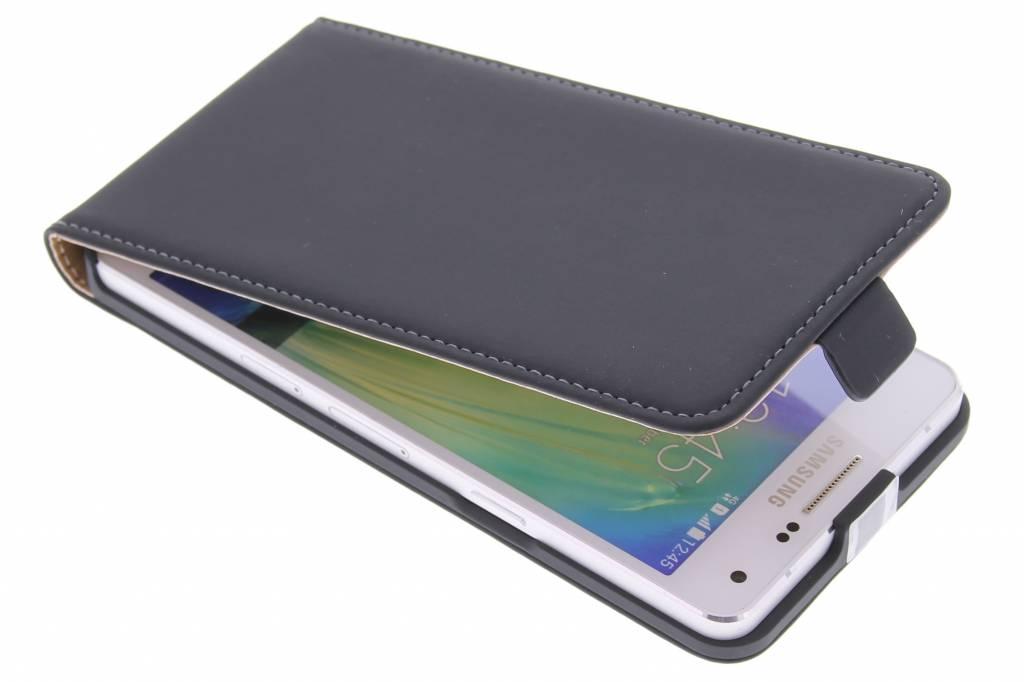 Mobiparts Premium flipcase voor de Samsung Galaxy A5 - Black