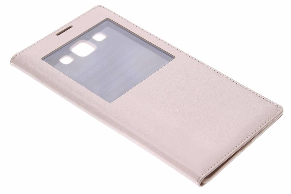 Gouden flipcover met venster voor de Samsung Galaxy A7