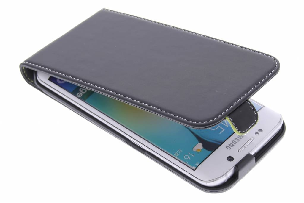 Muvit Slim flipcase voor de Samsung Galaxy S6 Edge - zwart