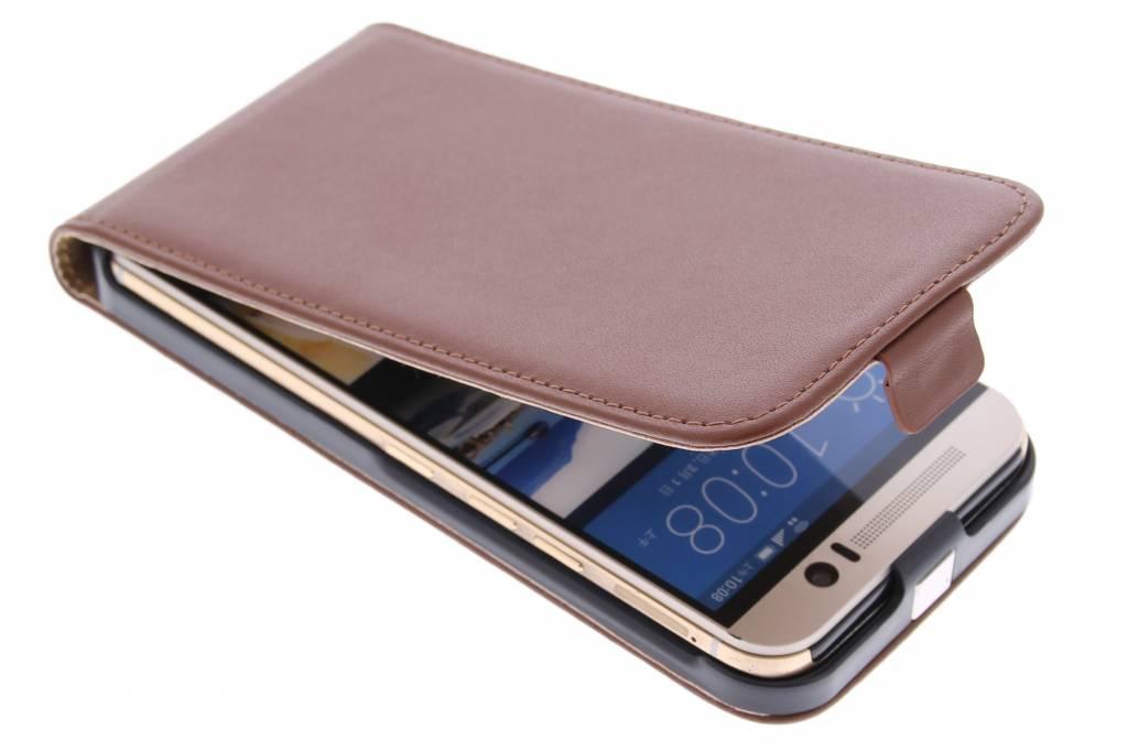 Bruine luxe flipcase voor de HTC One M9