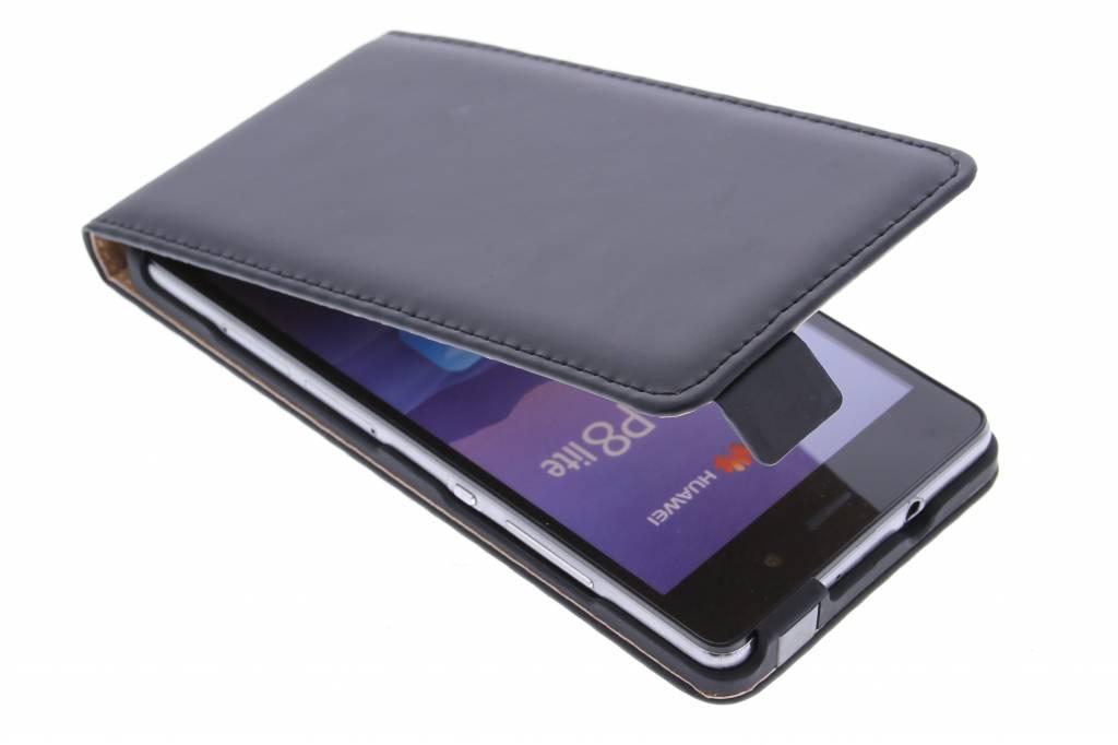Selencia Luxe Flipcase voor de Huawei P8 Lite - Zwart