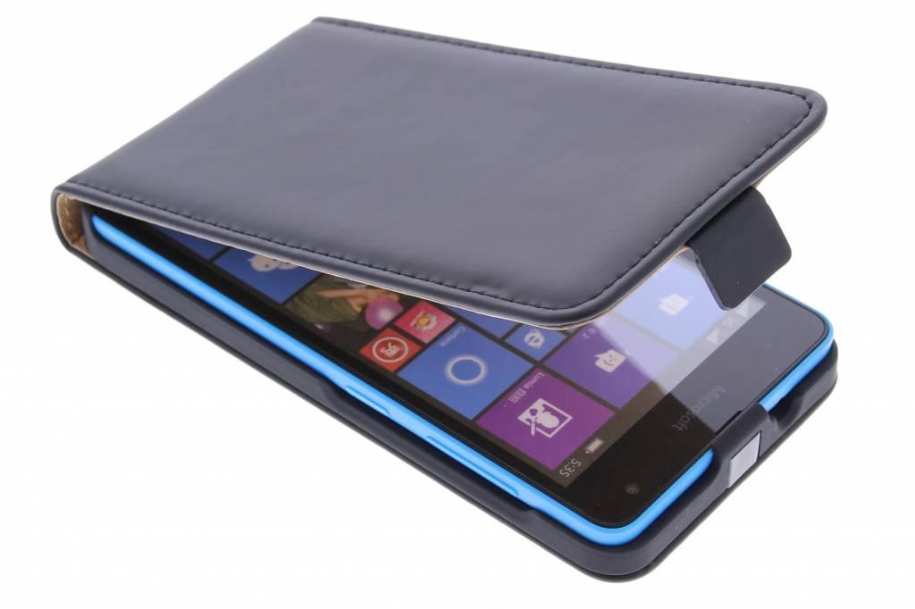 Selencia Luxe Flipcase voor de Microsoft Lumia 535 - Zwart