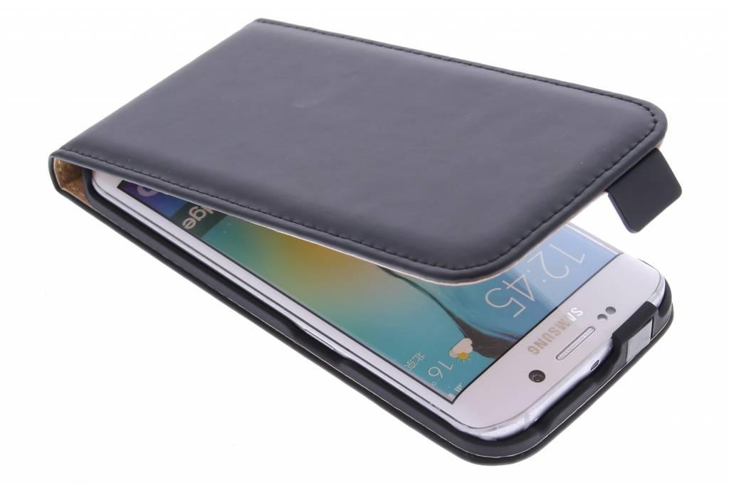 Selencia Luxe Flipcase voor de Samsung Galaxy S6 Edge - Zwart