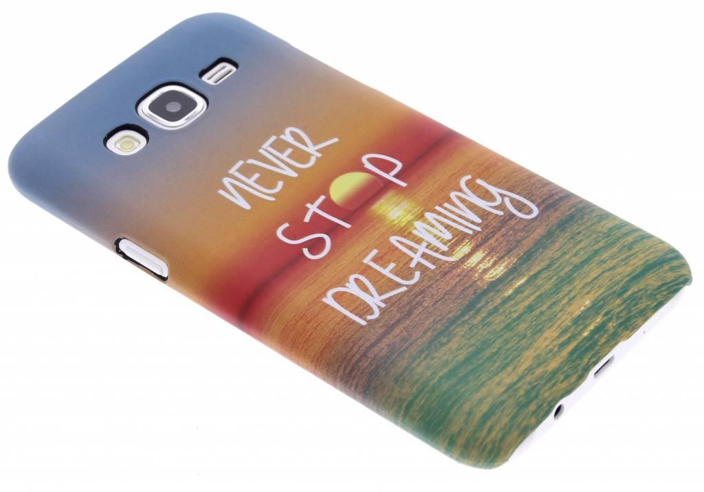 Never stop dreaming design hardcase hoesje voor de Samsung Galaxy J5