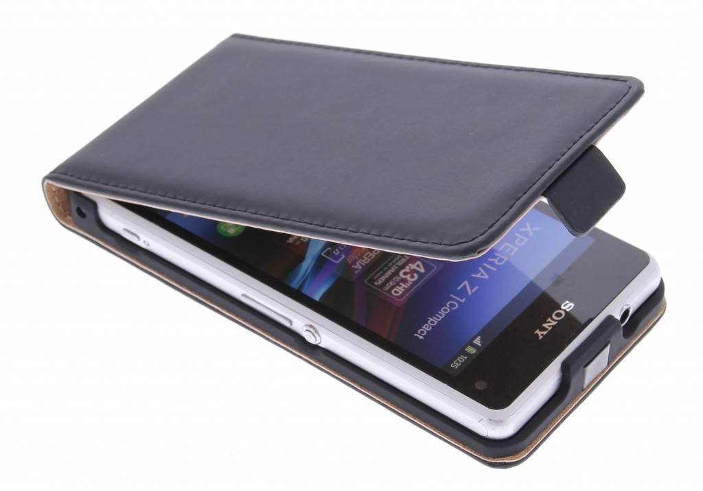 Selencia Luxe Flipcase voor de Sony Xperia Z1 Compact - Zwart