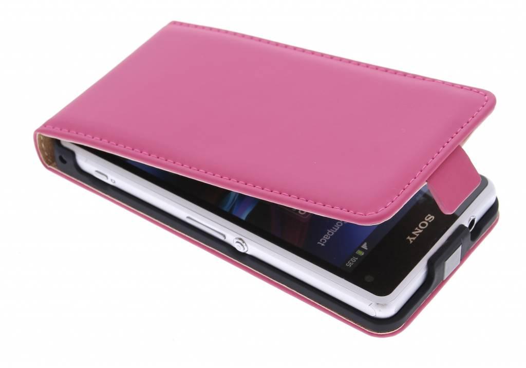 Selencia Luxe Flipcase voor de Sony Xperia Z1 Compact - Fuchsia