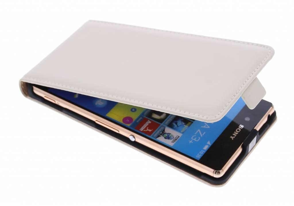 Selencia Luxe Flipcase voor de Sony Xperia Z3 Plus - Gebroken wit