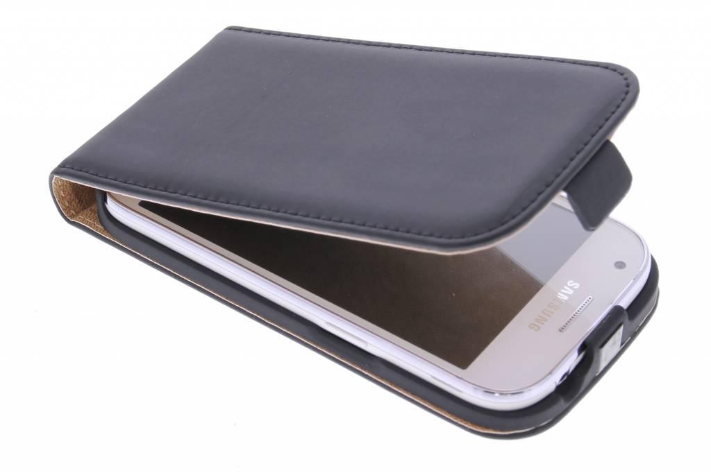 Selencia Luxe Flipcase voor de Samsung Galaxy Ace 4 - Zwart