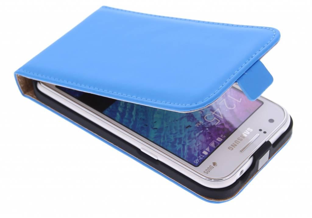 Selencia Luxe Flipcase voor de Samsung Galaxy J1 - Blauw