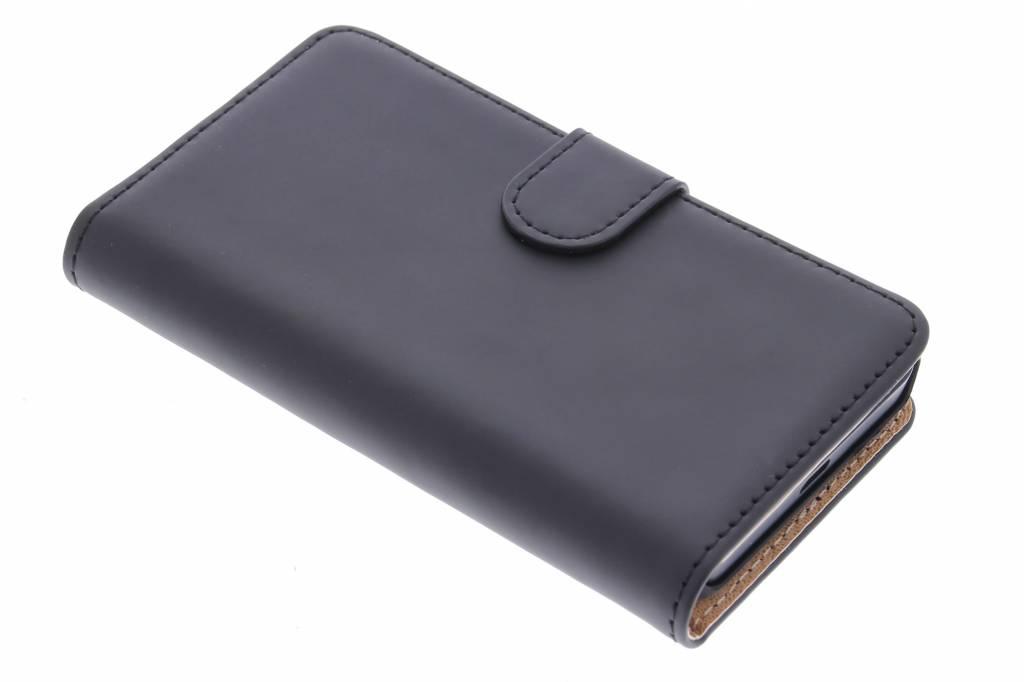 Selencia Luxe Book Case voor de Nokia Lumia 630 / 635- Zwart