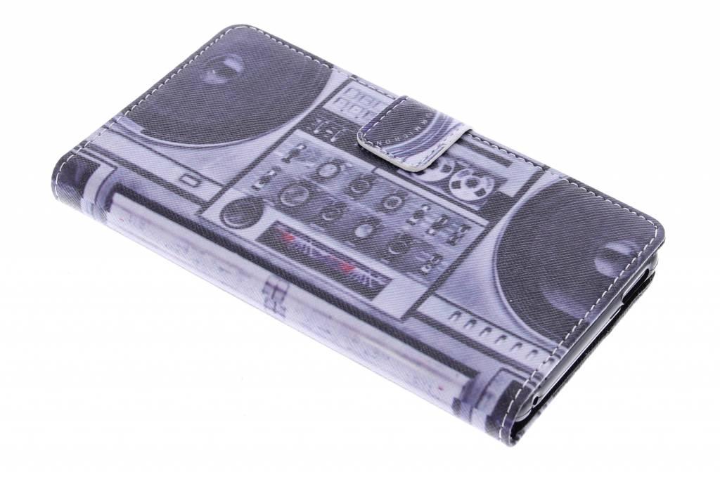 Radio design TPU booktype hoes voor de Sony Xperia M4 Aqua