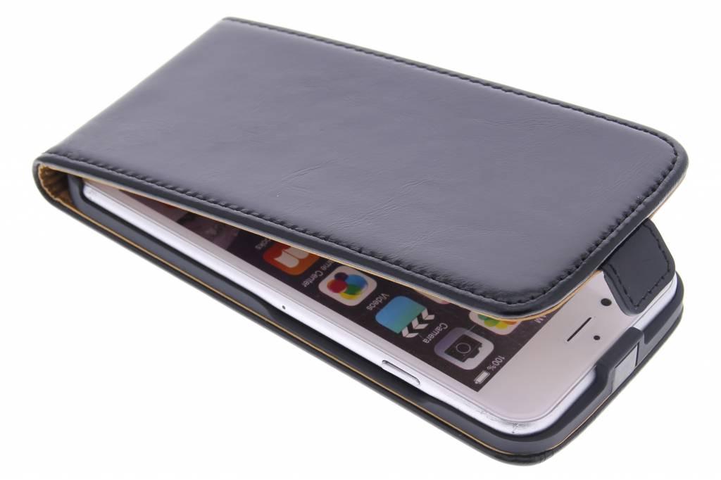 Selencia Luxe lederen Flipcase voor de iPhone 6(s) Plus - Zwart