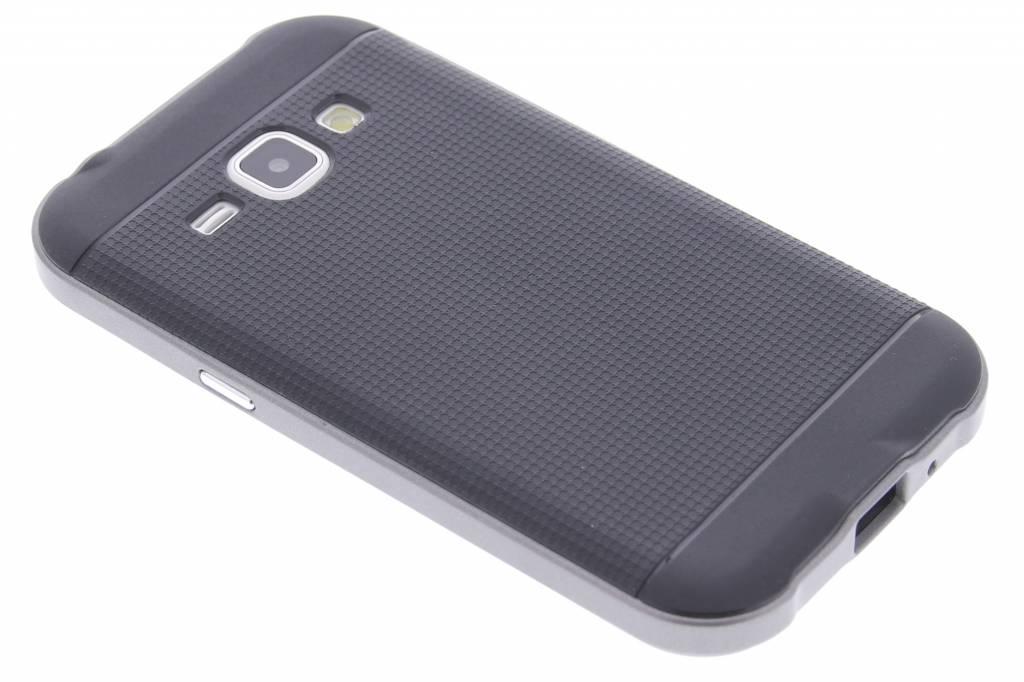 Grijze TPU Protect case voor de Samsung Galaxy J1