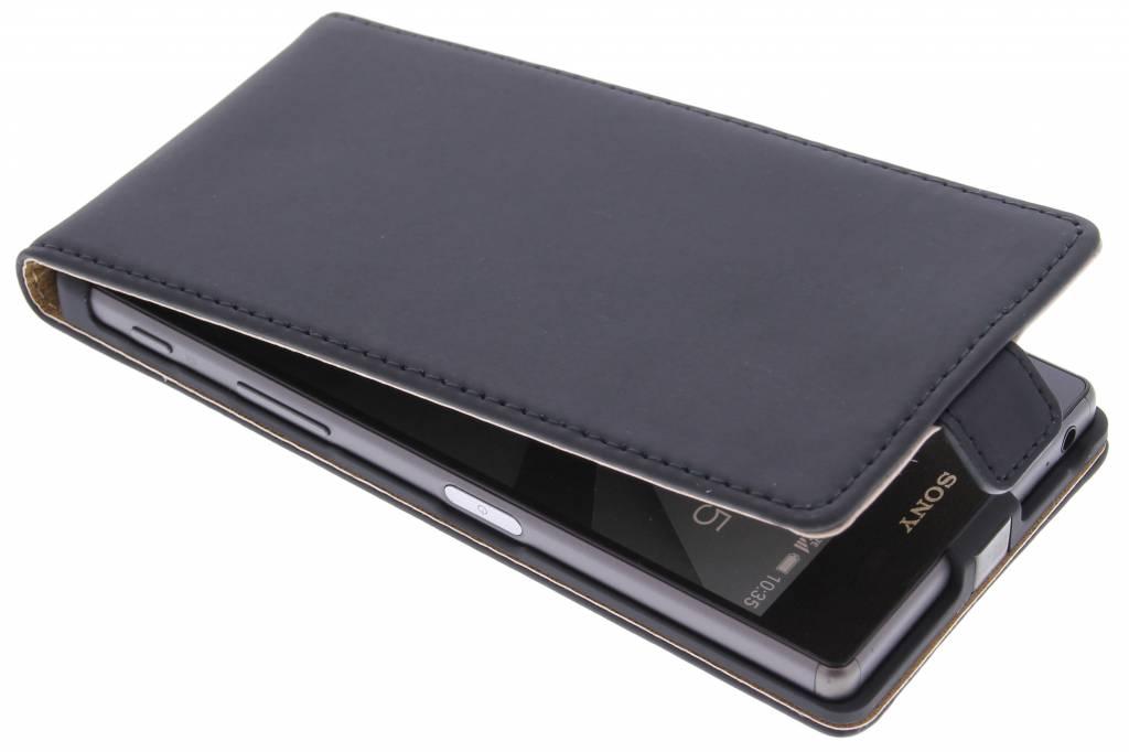 Selencia Luxe Flipcase voor de Sony Xperia Z5 - Zwart