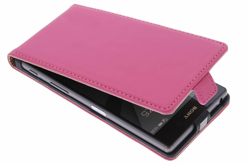 Selencia Luxe Flipcase voor de Sony Xperia Z5 - Fuchsia