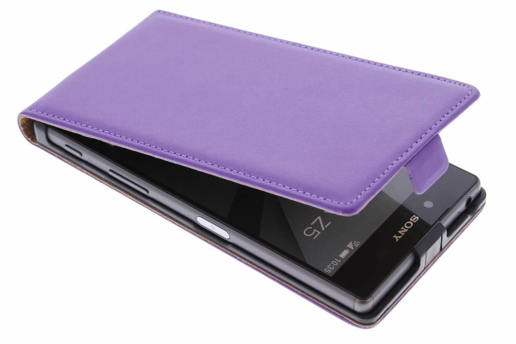 Paarse luxe flipcase voor de Sony Xperia Z5
