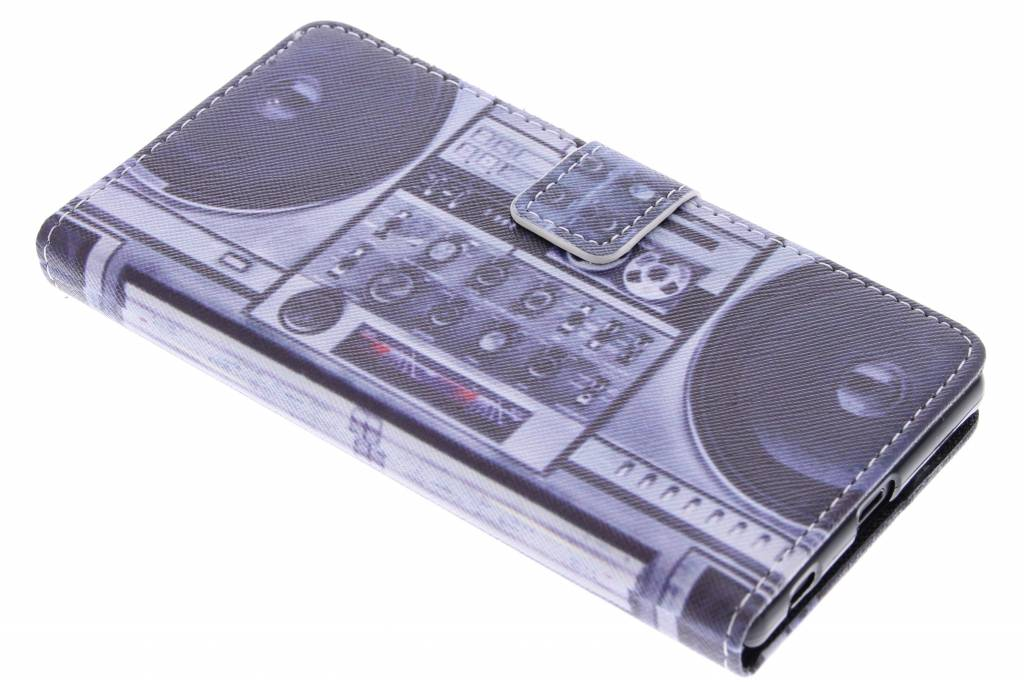 Radio design TPU booktype hoes voor de Sony Xperia Z5