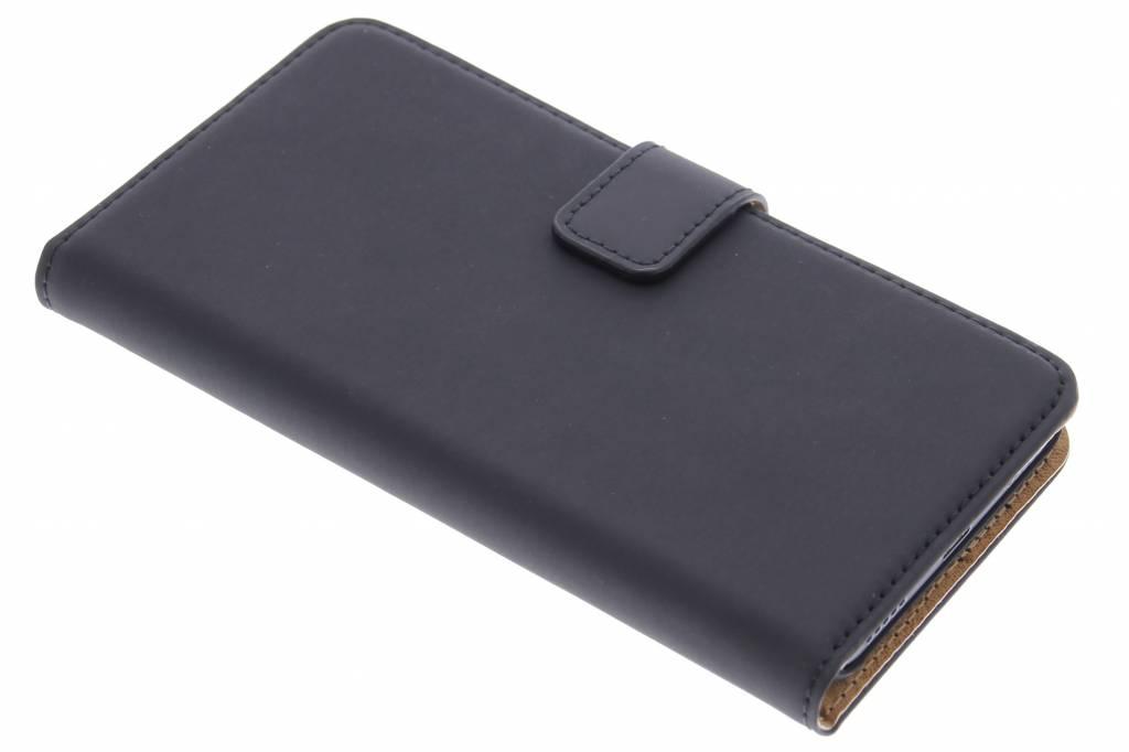 Selencia Luxe Book Case voor de Huawei Y6 - Zwart