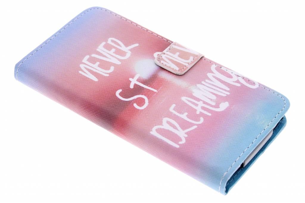 Never stop dreaming design TPU booktype hoes voor de Acer Liquid Z630