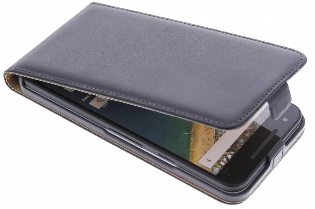 Zwarte luxe flipcase voor de LG Nexus 5X