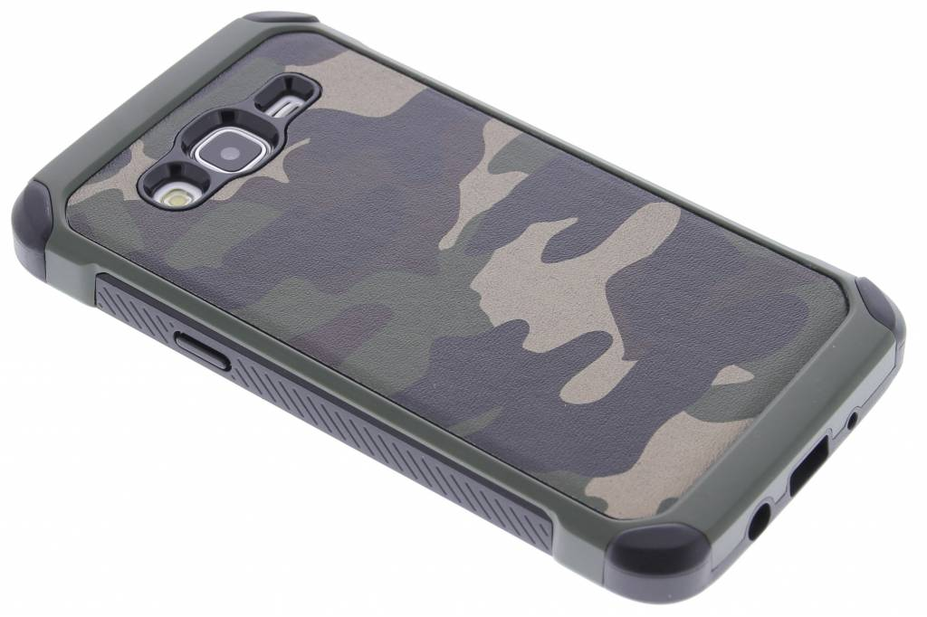Groen army defender hardcase hoesje voor de Samsung Galaxy J5
