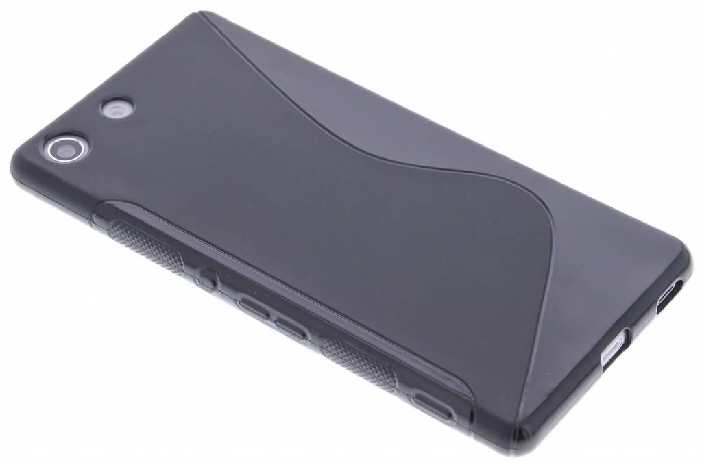Zwart S-line TPU hoesje voor de Sony Xperia M5