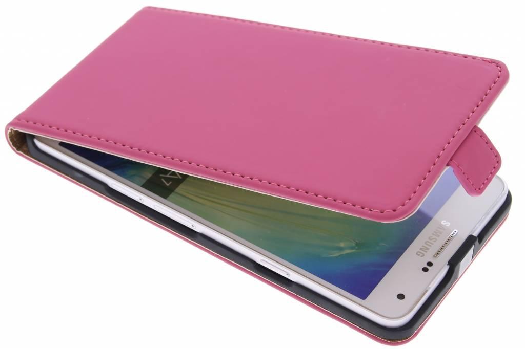 Selencia Luxe Flipcase voor de Samsung Galaxy A7 - Fuchsia