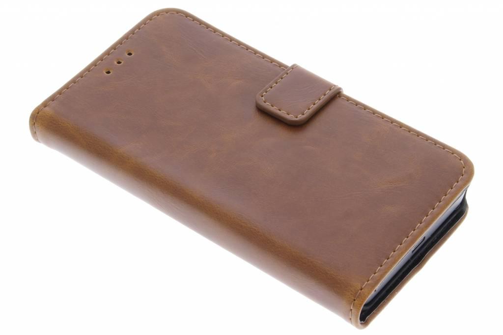 Kastanjebruine luxe leder booktype voor de Microsoft Lumia 550