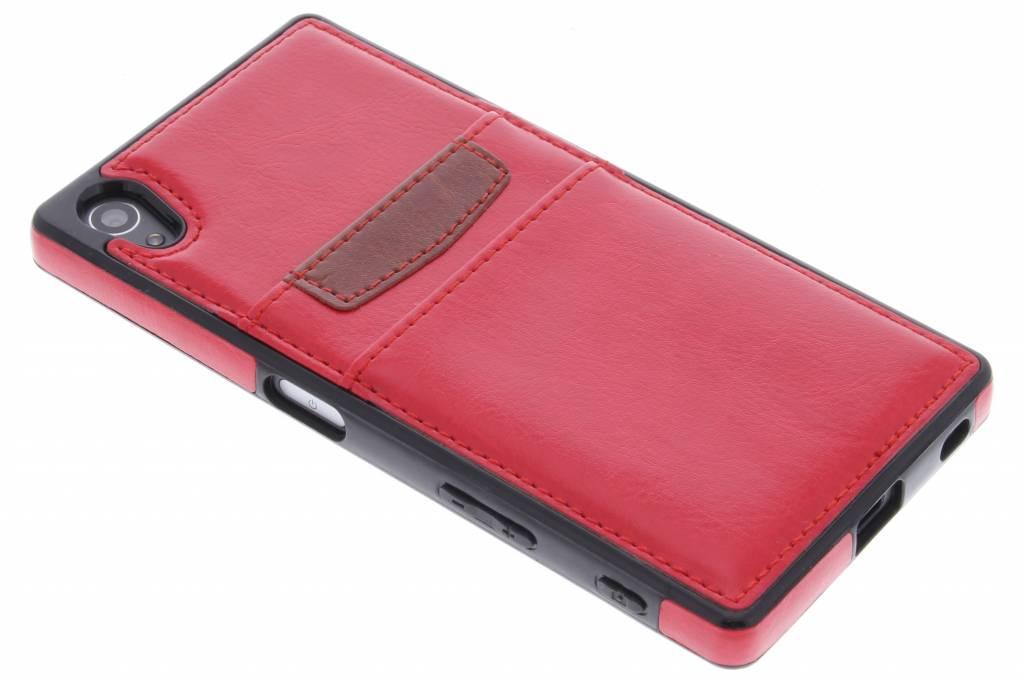 Rode lederen backcover met vakjes voor de Sony Xperia Z5