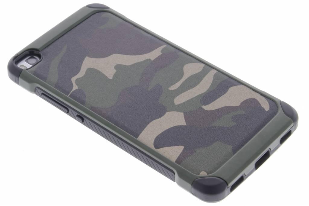 Groen army defender hardcase hoesje voor de Huawei P8