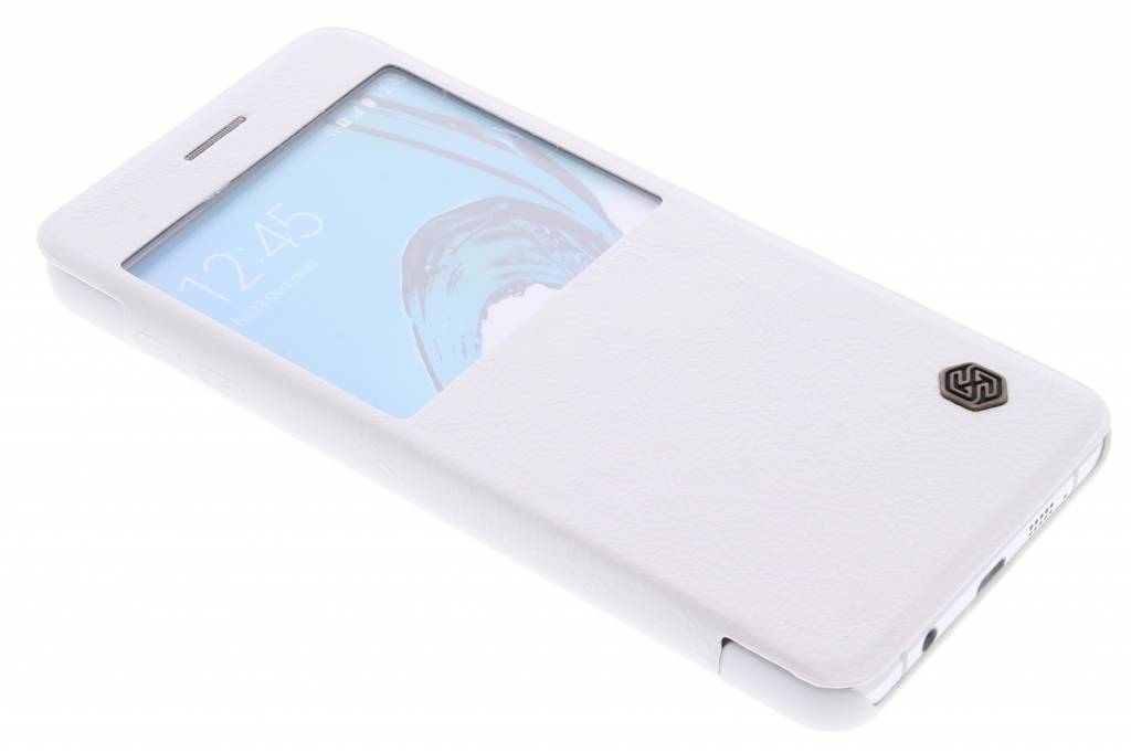 Nillkin Qin Leather Case met venster voor de Samsung Galaxy A7 (2016) - White
