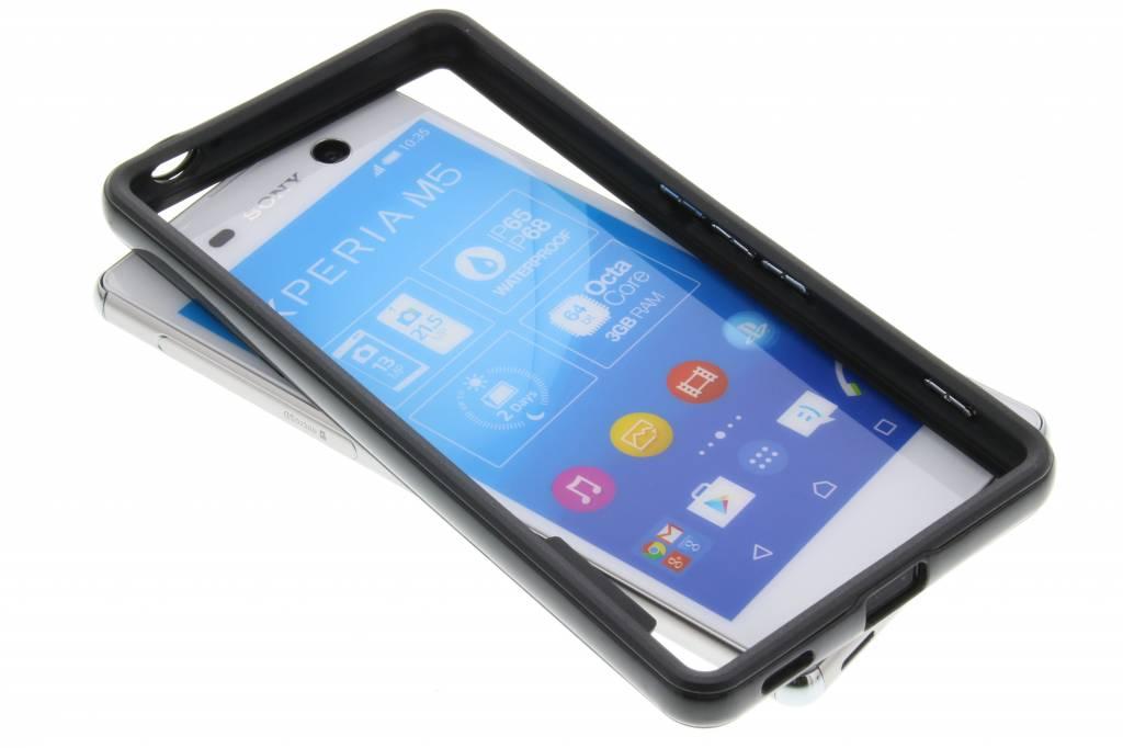 Zwarte bumper voor de Sony Xperia M5