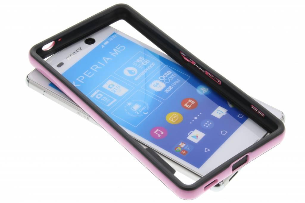 Roze bumper voor de Sony Xperia M5