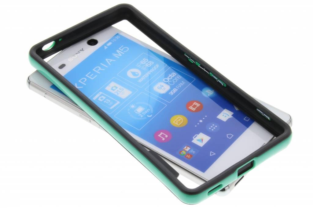 Groene bumper voor de Sony Xperia M5