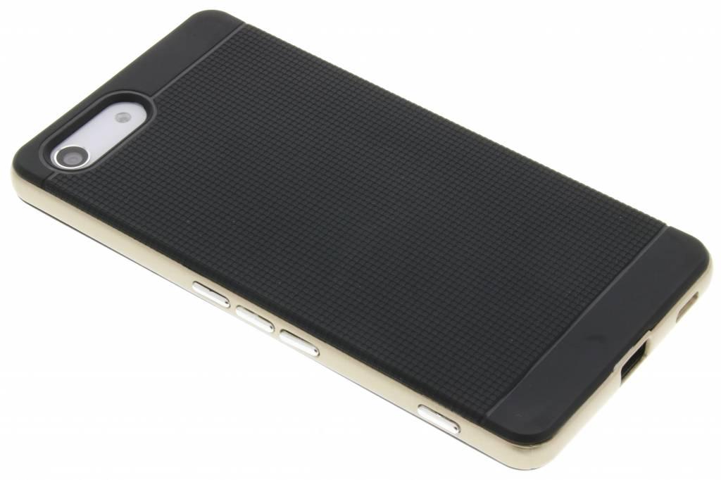 Gouden TPU Protect case voor de Sony Xperia M5