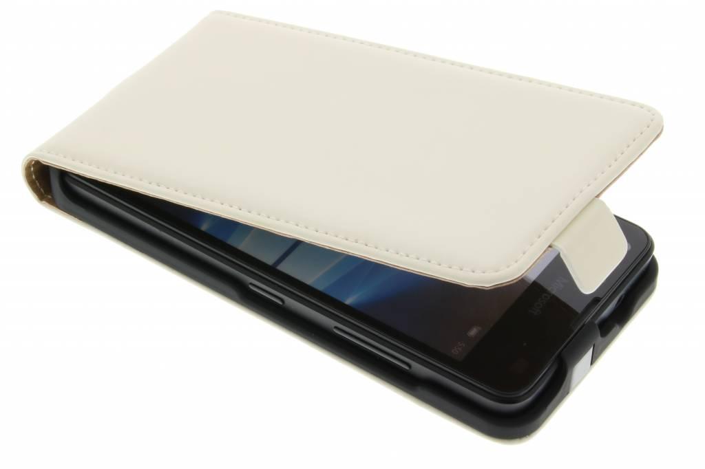 Mobiparts Premium Flipcase voor de Microsoft Lumia 550 - White