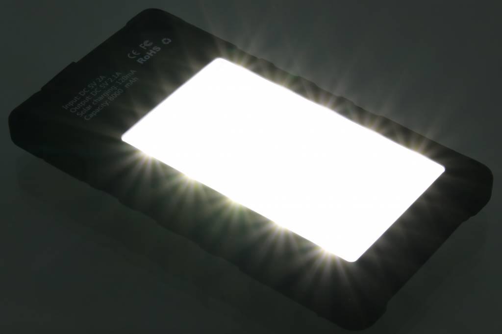 Zonne energie powerbank met led lamp 8000 mah - Kleine zonne lamp ...