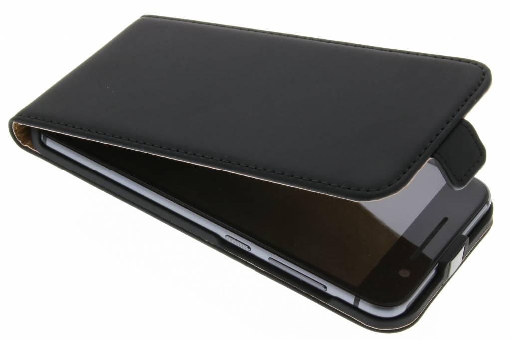 Selencia Luxe Flipcase voor de HTC One A9 - Zwart