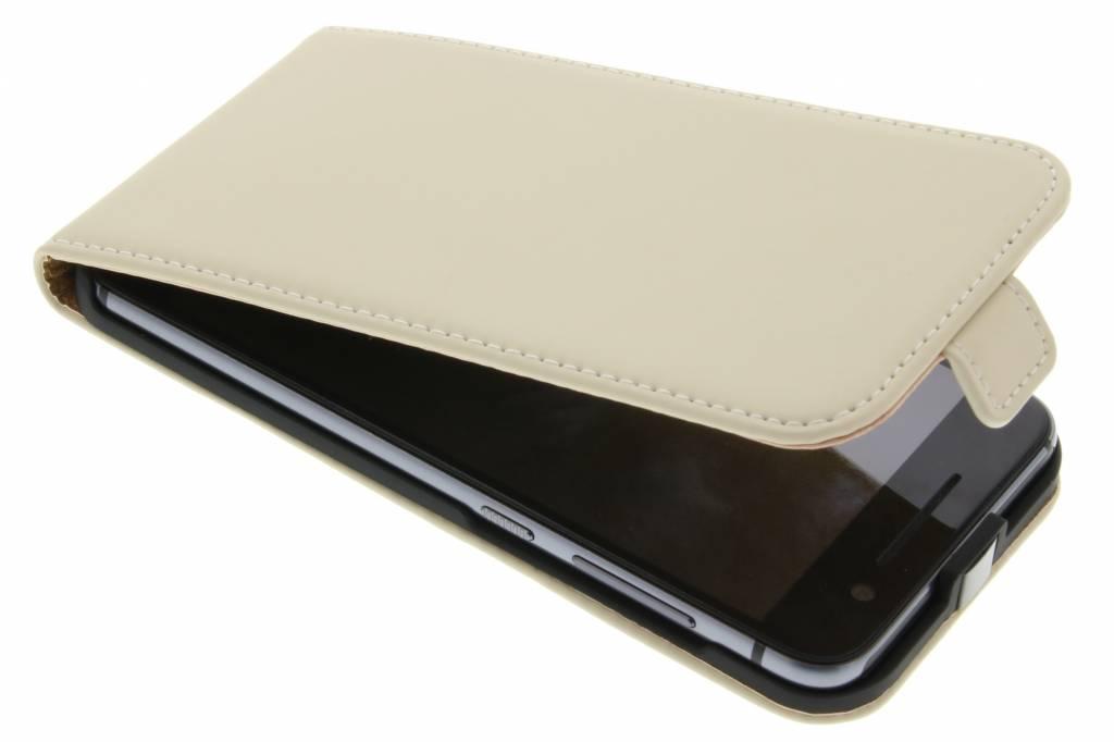 Selencia Luxe Flipcase voor de HTC One A9 - Gebroken wit