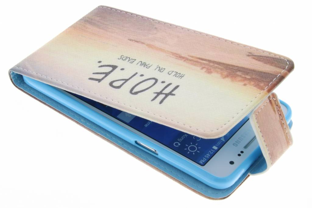 Hope design TPU flipcase voor de Samsung Galaxy Grand Prime