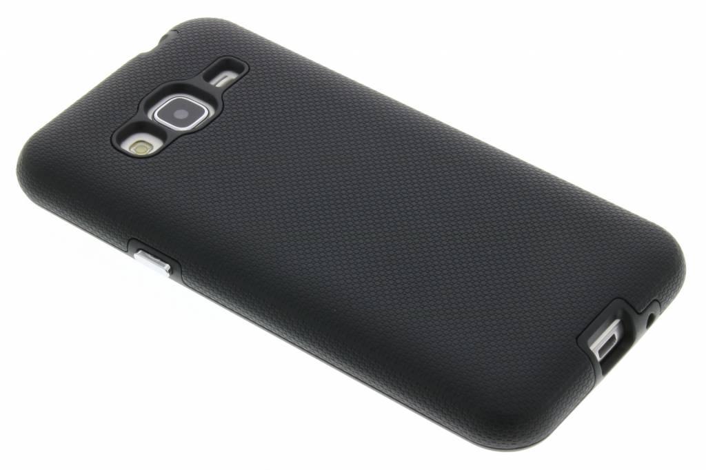 Accezz Xtreme Cover voor de Samsung Galaxy J3 / J3 (2016) - Zwart