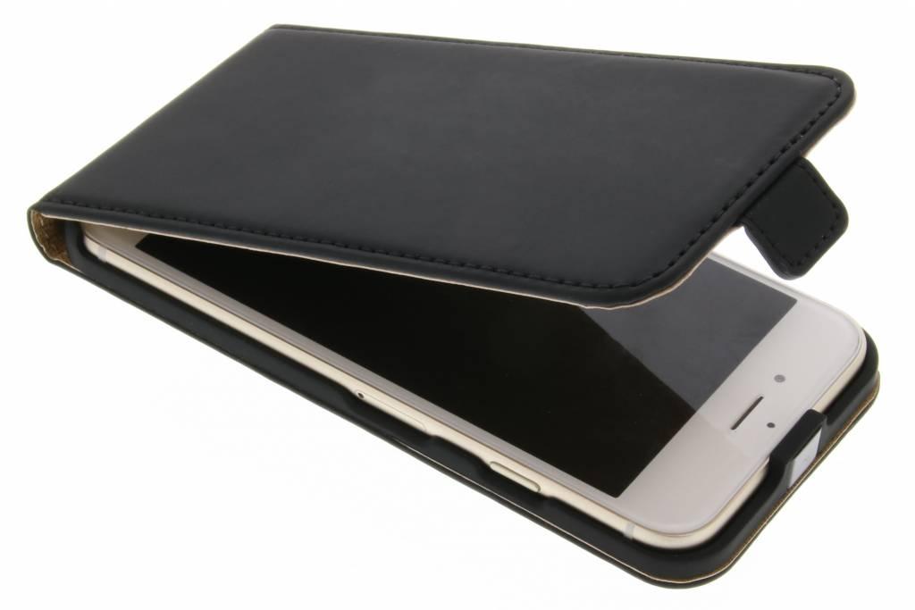 Selencia Luxe Flipcase voor de iPhone 7 - Zwart