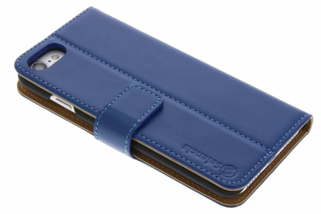Selencia Luxe lederen booktype hoes voor de iPhone 7 - Blauw