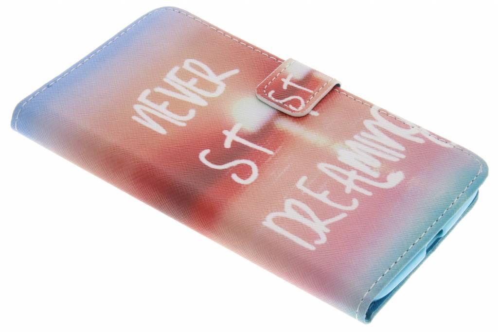 Never stop dreaming design TPU booktype hoes voor de Motorola Moto Z