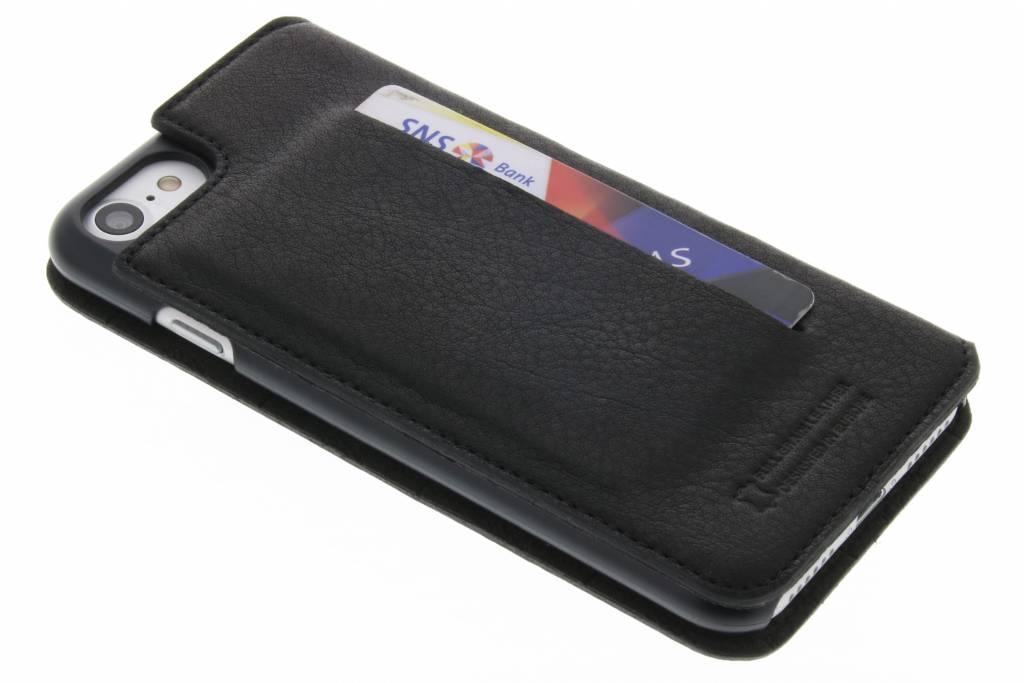 Bugatti Parigi Booklet Case voor de iPhone 8 / 7 - Zwart