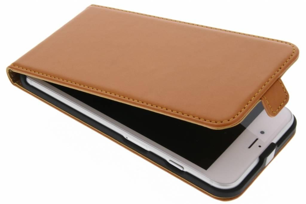 Selencia Luxe lederen Flipcase voor de iPhone 7 Plus - Oker
